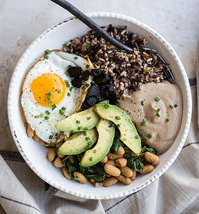 protein bowl for champions and black garlic lovers