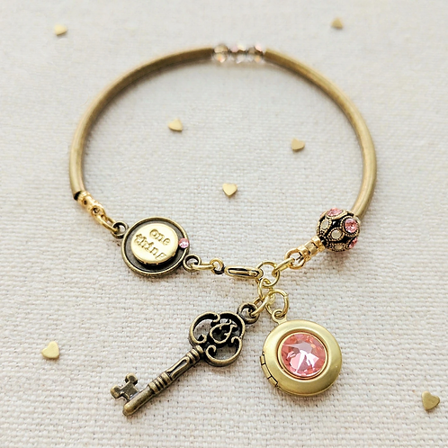 One Thing Locket: Emily Locket & Key Charm Bangle
