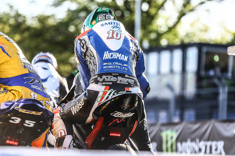 Peter Hickman at the Isle of Man 2017