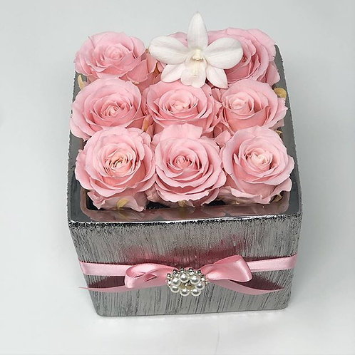 Silver Square 9 Roses Box