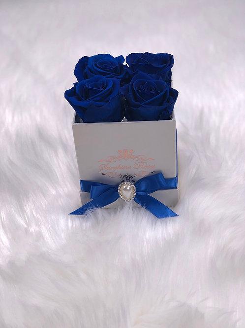 Small Square 4 Roses Paper Box