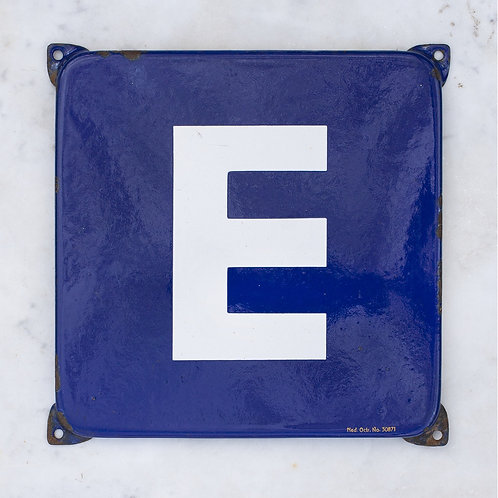 LOVELY VINTAGE, BLUE + WHITE LETTER E ENAMEL SIGN