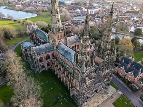 Lichfield Cathedral.jpg
