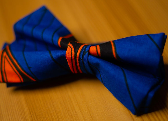 Blue African Print Bow Tie UK African Accessories for Men Groomsmen Wedding Bow Tie African Wedding Asikara by Laura Jane