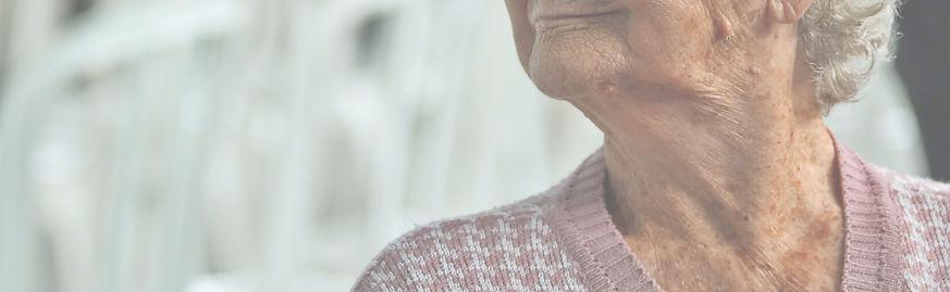 Elderly%2520woman_edited_edited.jpg