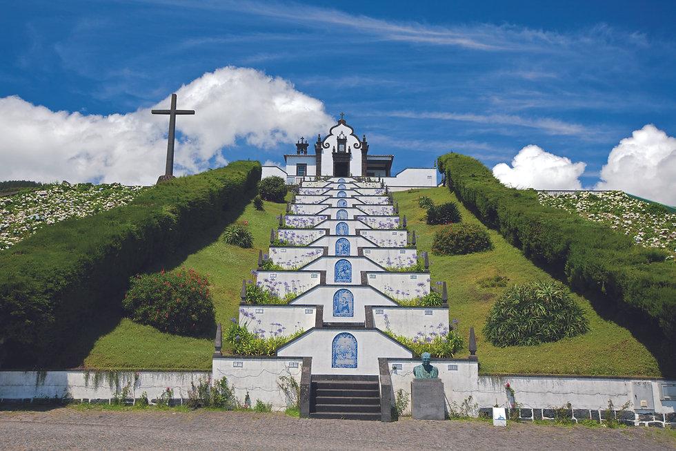 Nossa Senhora da Paz Sancturay.jpg