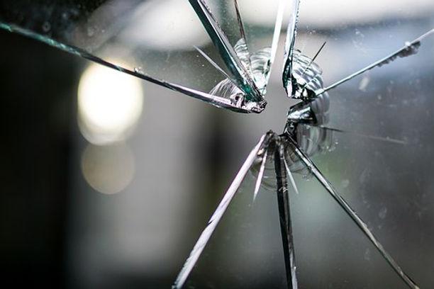 glass-1497227__340.jpg