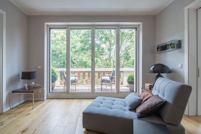 Fenster_Aluminum_Balkontueren_Wohnen.jpg