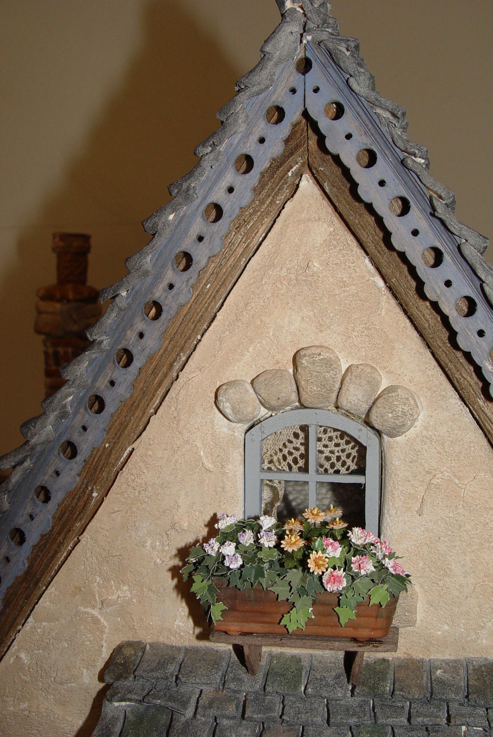Closeup of Top Window & Trim
