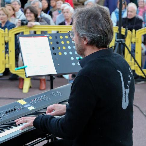 Fête de la musique dans les jardins Nouvelle - France du Chesnay