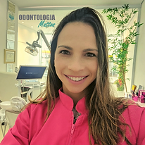 Dra. Gisele Mattos (2).png