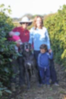 Paulo, Juliana e família na fazenda Terra Alta