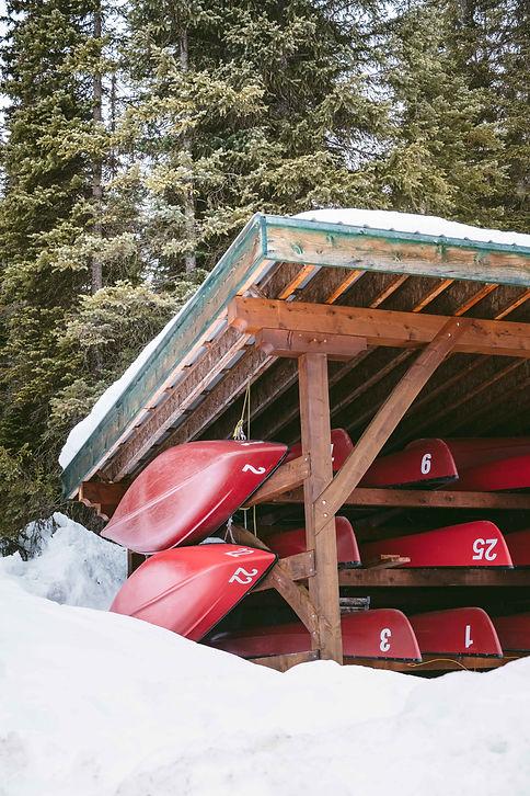 Banff_Winter_Emerald_Lake_Rocky_Moutains