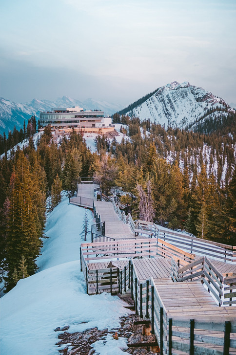Banff_Gondola_Winter_Sulphur_Mountain_30