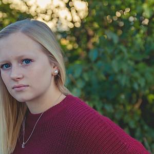 Zoee Senior Pictures