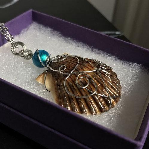 Sea Shell Pendant Turquoise
