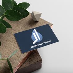 Création de carte de visite pour la société Laugier nettoyage.