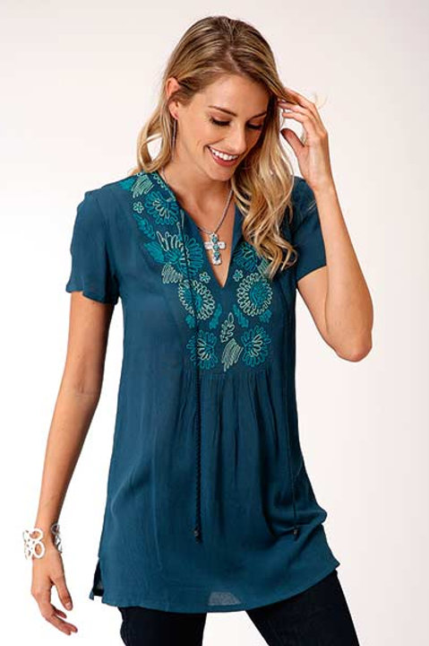 WOMEN'S ROPER BLUE CREPE TOP 5013