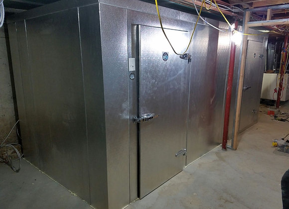 7x6 walk in freezer and 7x10 walk in cooler