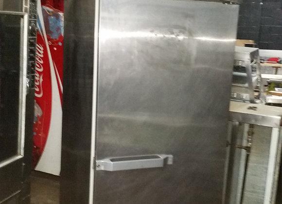 Hobart Roll-in refrigerator