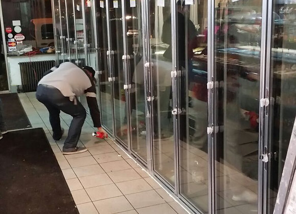 glass door walk in cooler