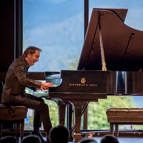 In concert at the Sitka Summer Chamber Music Festival (credit-Xtine Davenport).jpg