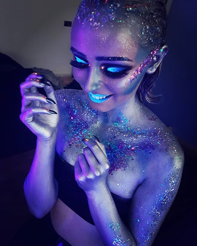 BTS - UV and glitter makeup and body pai