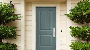 Choosing Exterior Door Hardware: Here's How to Handle It