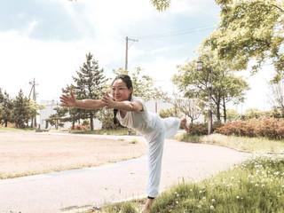 Etsuko Yonebayashi yoga class information