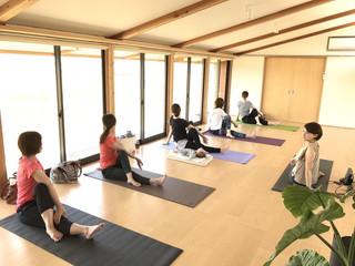 Miki Nozaki Yoga Class Information