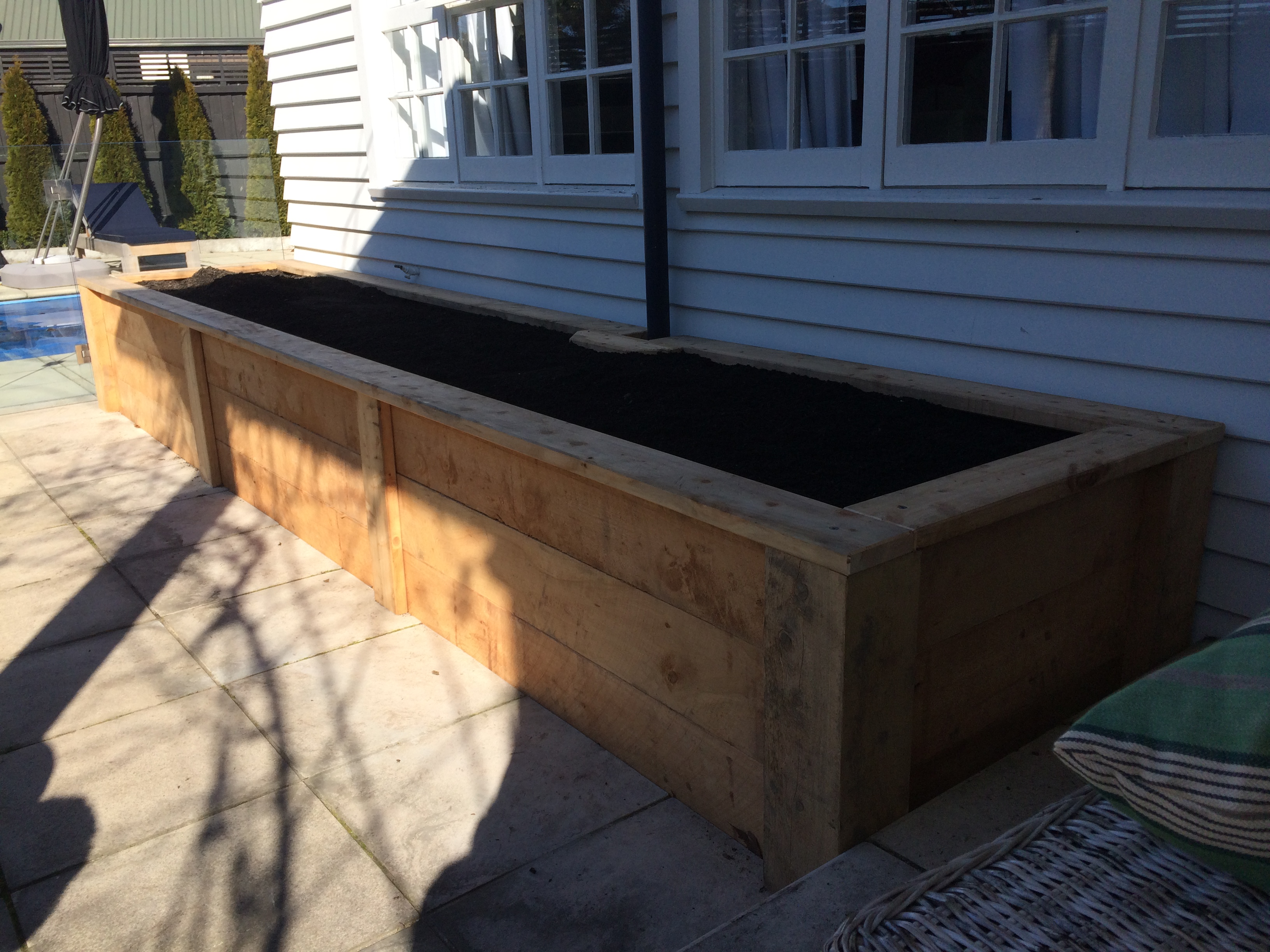 Macrocarpa Planter Box