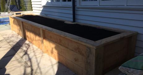 Macrocarpa Planter Box