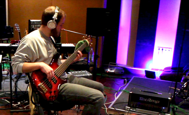 FUNDLAND-Band_Recordingsession 1 Red Roo