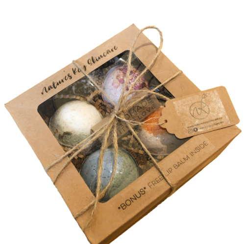 Specialty bath bomb gift set