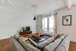 Decorexpat Haussmann salon 4.jpg