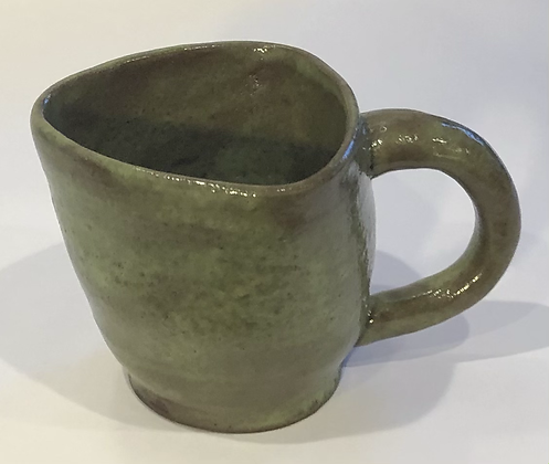 Green triangle mug