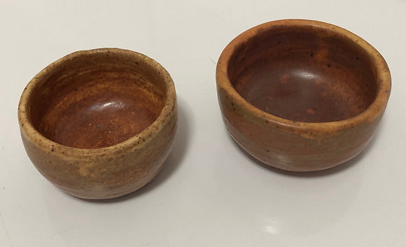 Rusty yellow snack bowl set