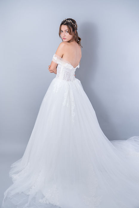 Bunny Nana Wedding Dress (53).jpg
