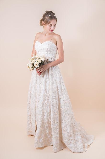 Bunny Nana Wedding Dress (32).jpg