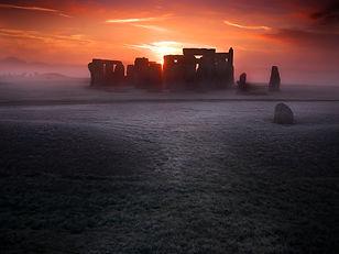 Stonehenge N071216.jpg
