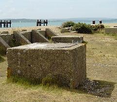 Lepe_beach_WWII_ruins.jpg