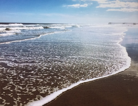 Anastazja Panek-Tobin's beautiful seascape earned an Honorable Mention