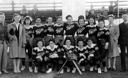 11-Women_Baseball.jpg