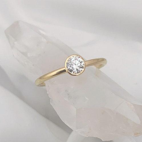 Unique and Elegant Solitaire engagement ring