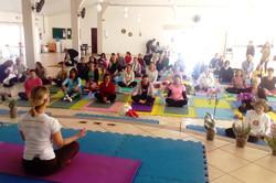 aula da yoga de manha Katia