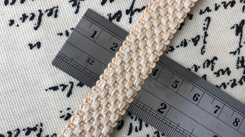 18mm wide check lay braid.