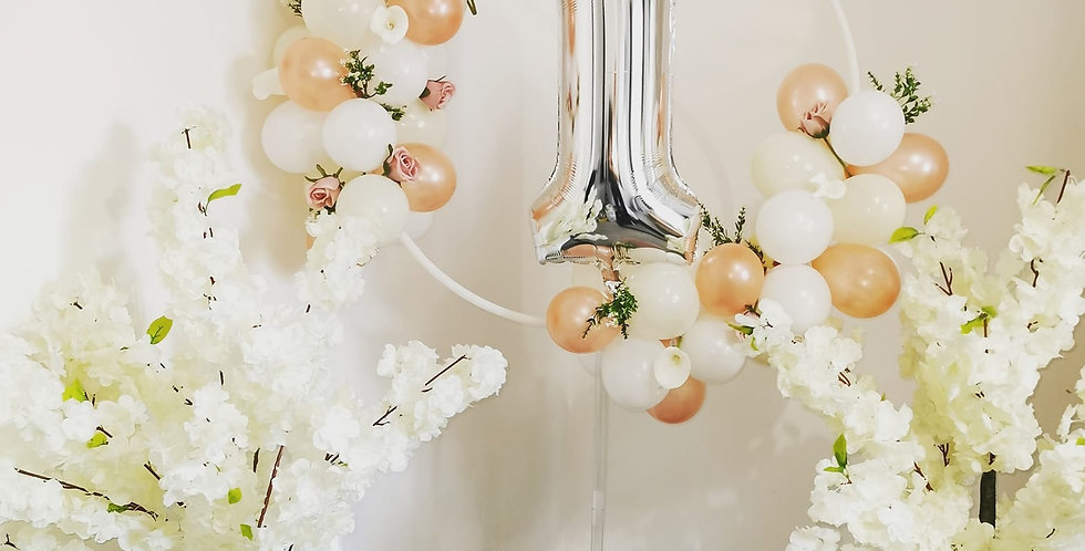 Small balloon hoop stand hire