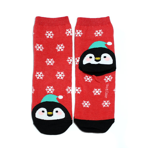Snowy on the Toe - Pingu