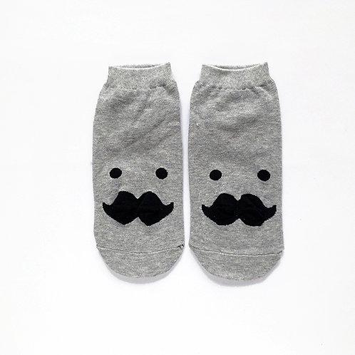 Mustacheli
