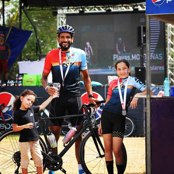amy, mia y el ganador de los 117 km